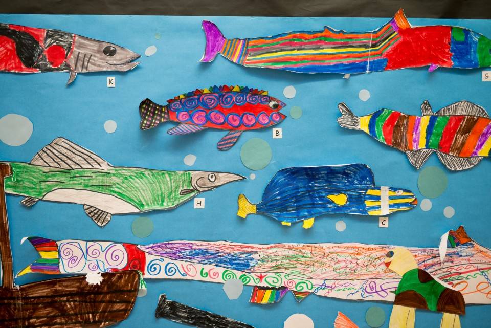 Children's art project illustrations of colorful fish
