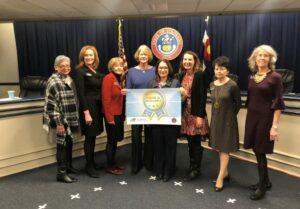 DPS staff accepting award.